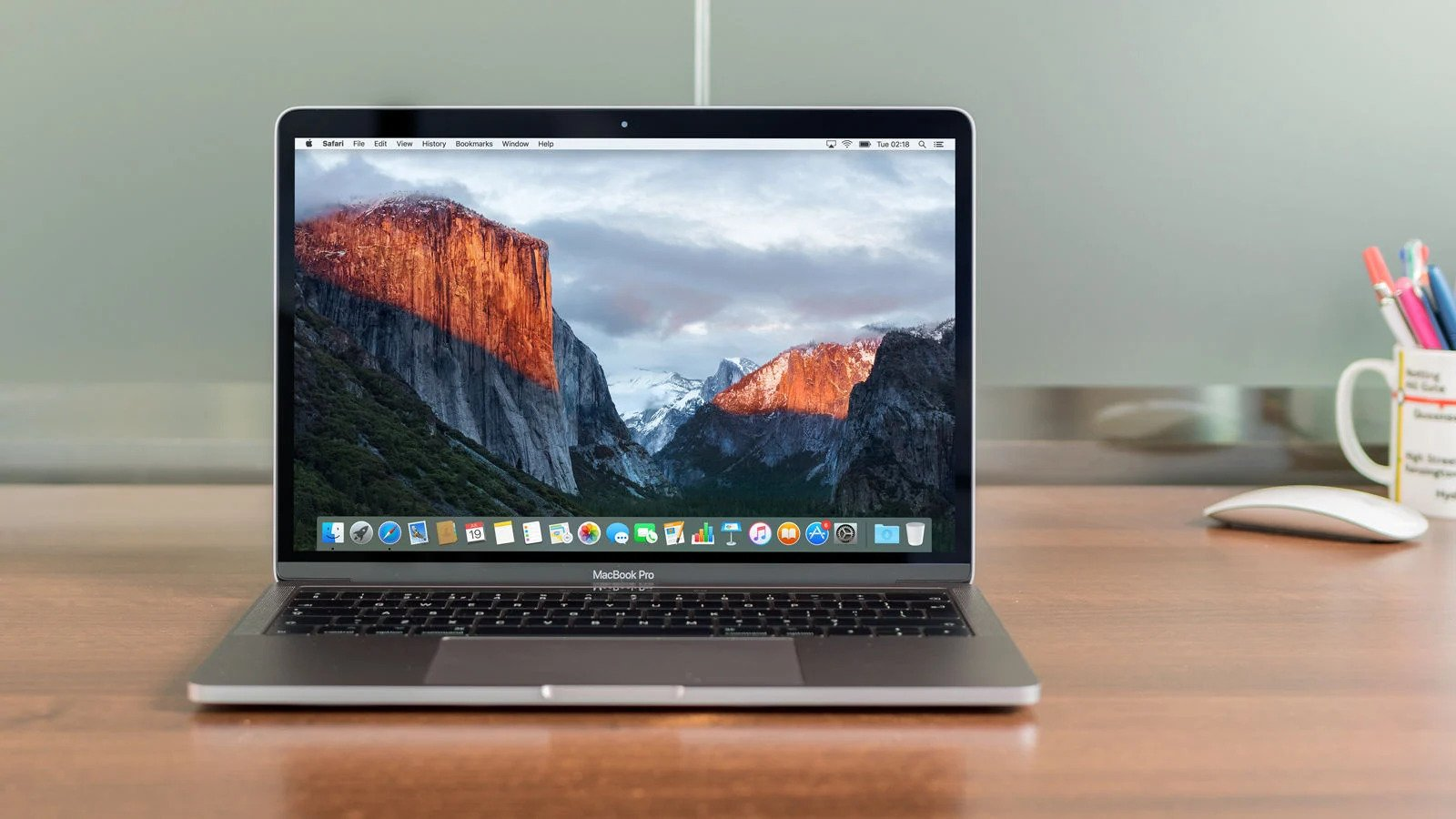 Apple MacBook Pro 13 Inch with Touch Bar